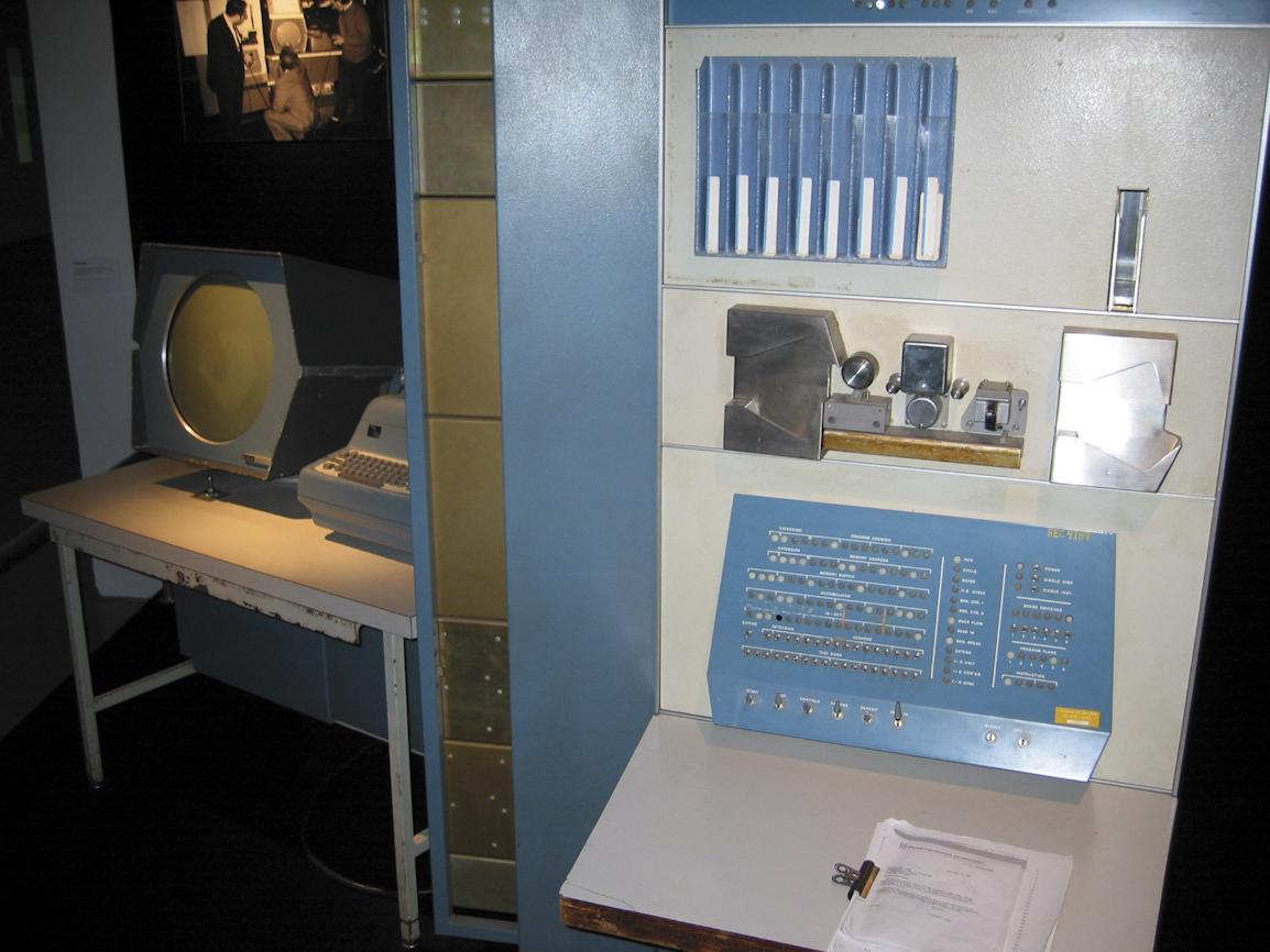 PDP-1 2/2