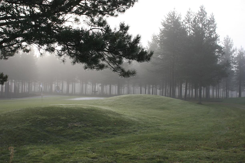 Sumuinen golfkenttä